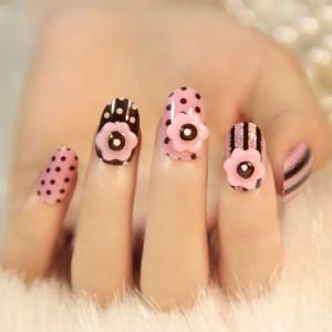uñas cortas decoracion flores puntos rosas